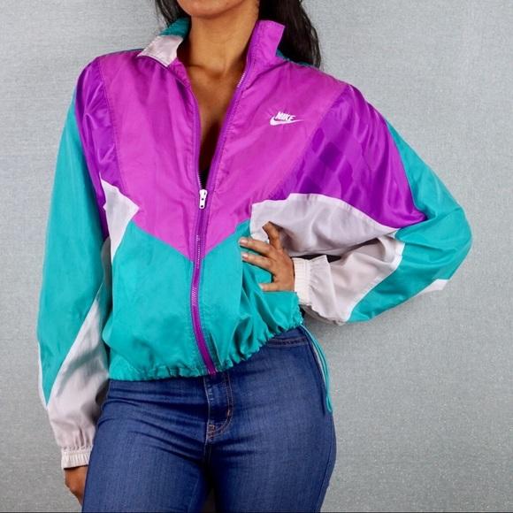 a646743d84c0 NIKE Vintage Color Block Windbreaker Track Jacket.  M 5a5a8730caab4473b76fd73e